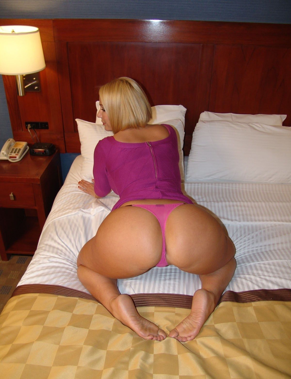 Hot Older Housewifes 52