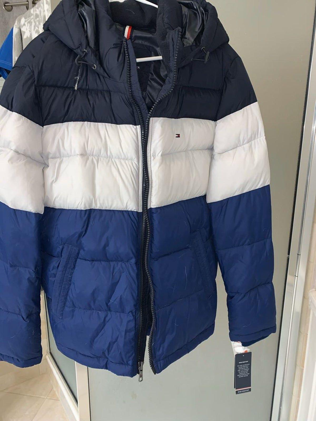 Tommy Hilfiger Winter Coat In 2021 Winter Coat Jackets Tommy Hilfiger [ 1600 x 1200 Pixel ]