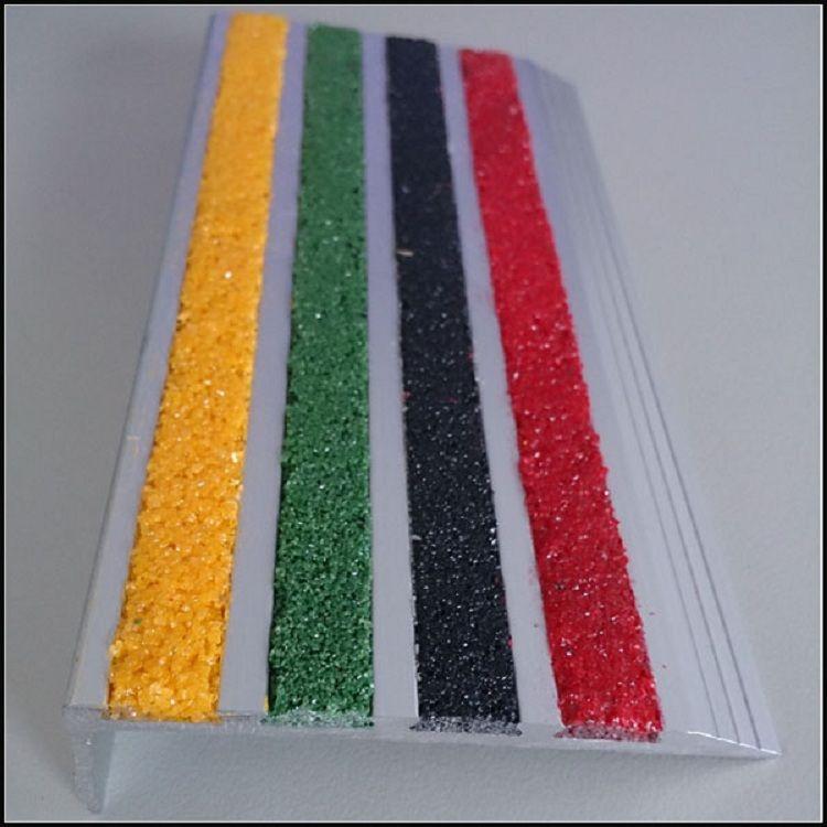 Best Anti Slip Aluminium Stair Nosing Stair Tread Stair Edge 400 x 300