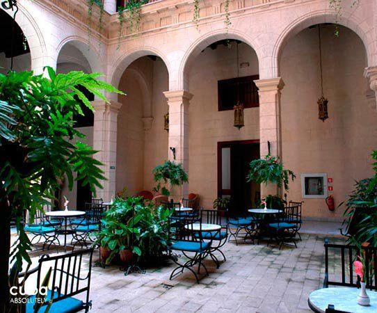 http://www.lahabana.com/guide/wp-content/uploads/2014/02/palacio_ofarrill_portada.jpg