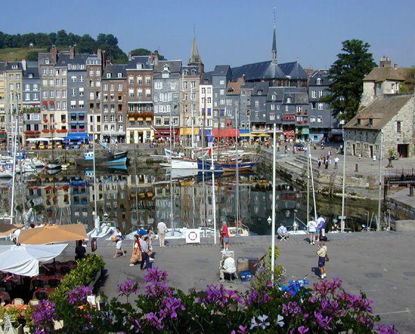 Honfleur Normandy Beautiful port Lots of Impressionist painters - Chambre D Hotes Normandie Bord De Mer