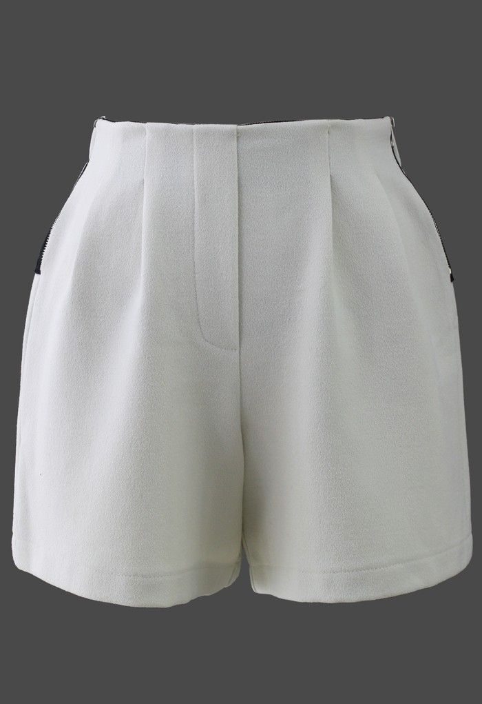 Knight Crepe Zipped Shorts in White