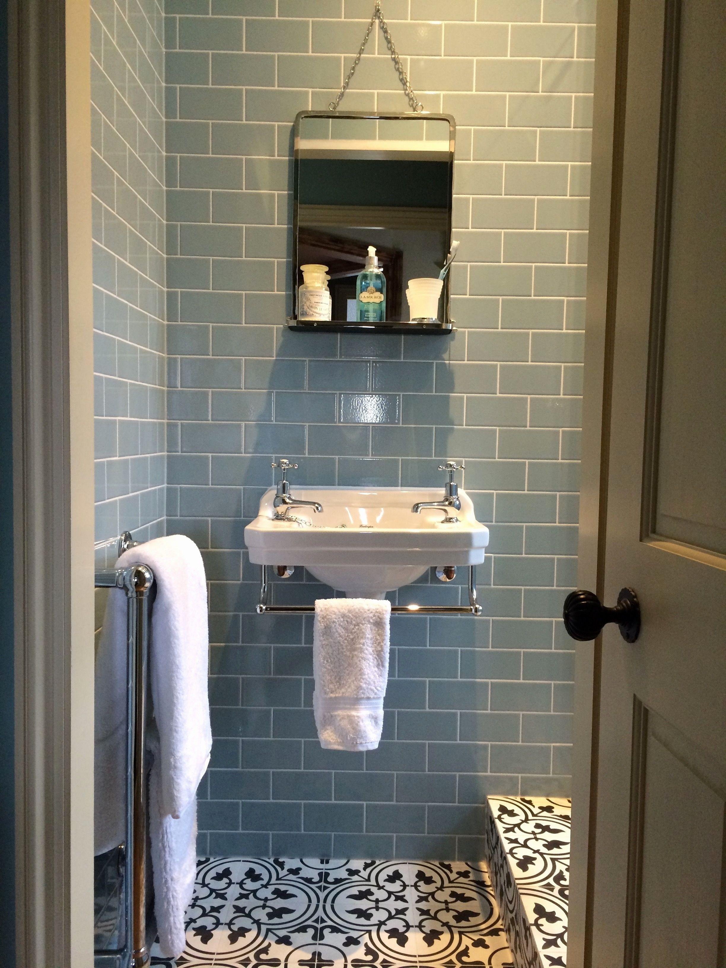 Elegant Small Bathroom Faucets Kleiner Duschraum Bodenbelag Fur Badezimmer Kleiderablage