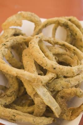 How to make homemade onion rings without a deep fryer