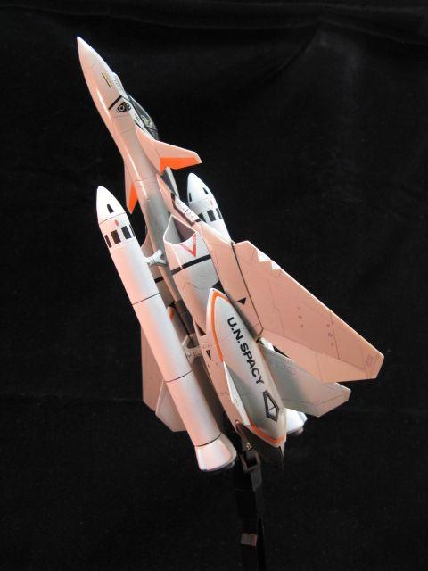ギャラリー3 VF-11大気圏内用個体燃料ブースター装備の画像(3/5)