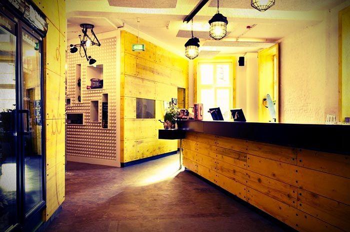 Superbude Hostel St. Pauli, Hamburg | Inside & Outside Design ...