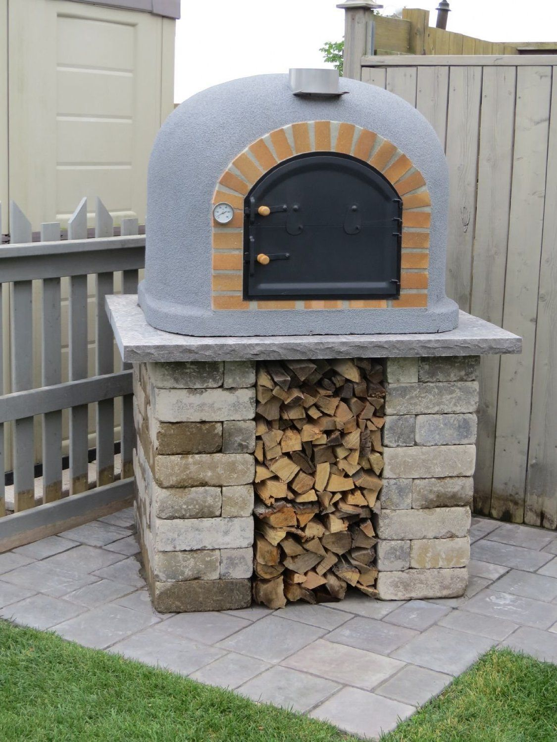Outdoor Pizza Oven Wood Fired Insulated with Brick Arch  Chimney Outdoor Pizza Oven Wood Fired Insulated with Brick Arch  Chimney