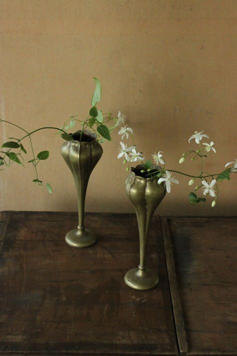 sparse florals (dead, preferably)