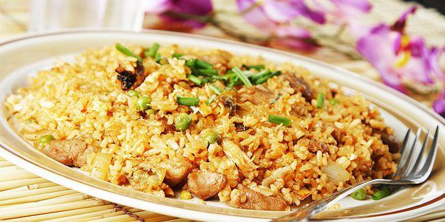 Come Preparare Il Nasi Goreng Riso Fritto Con Carne E