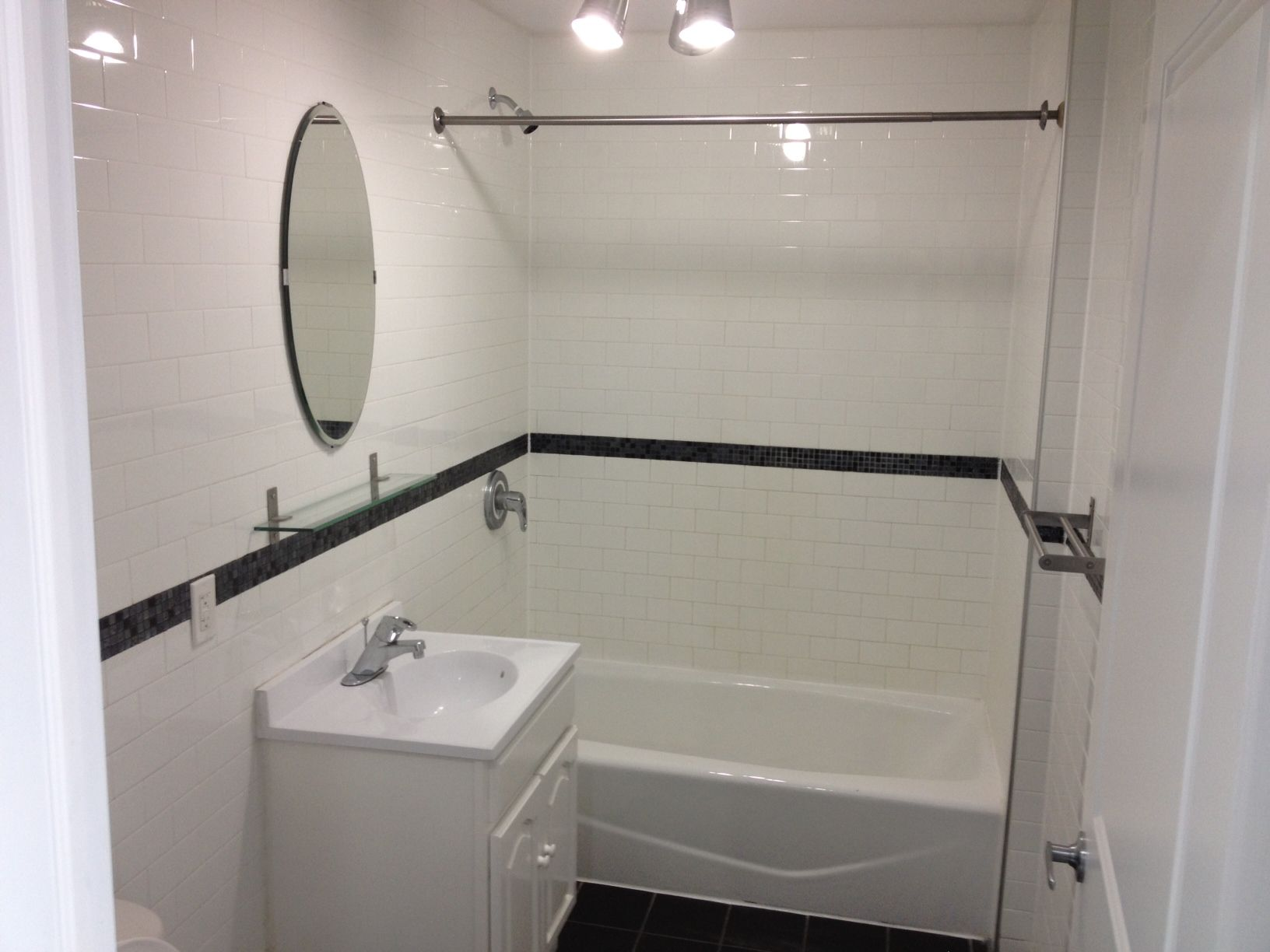 Bathroom Design with Subway Tiles Bathroomsubway