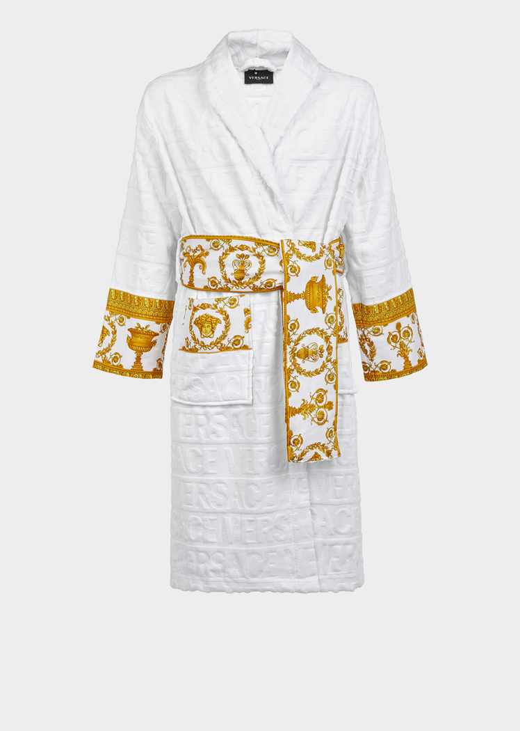 369c561f2f56 I ♡ Baroque Bathrobe by Versace Home.  p Covered in a faint textural VERSACE  logo print and accented by a Barocco ...