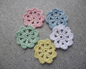 5 fiori alluncinetto fatti a mano in cotone bancarella pinterest questo articolo non disponibile fandeluxe Choice Image