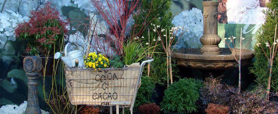 Gentil Spring Vignette At Garden Supply Co.