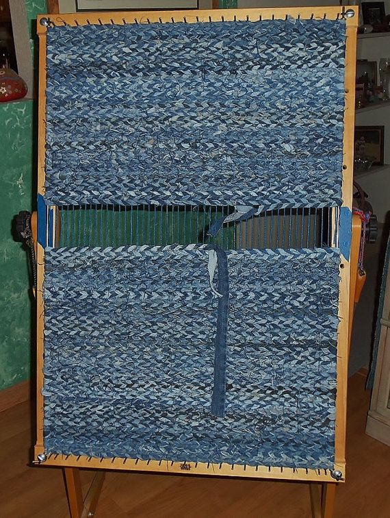 Recycled Bluejeans Amp Fabric Twined Rag Rug Rug Loom