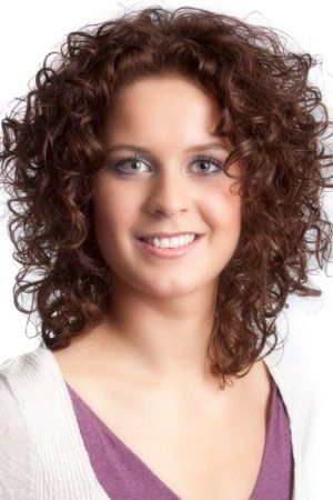 Short Curly Hairstyles For Square Faces Pretty Girl Curly Hair