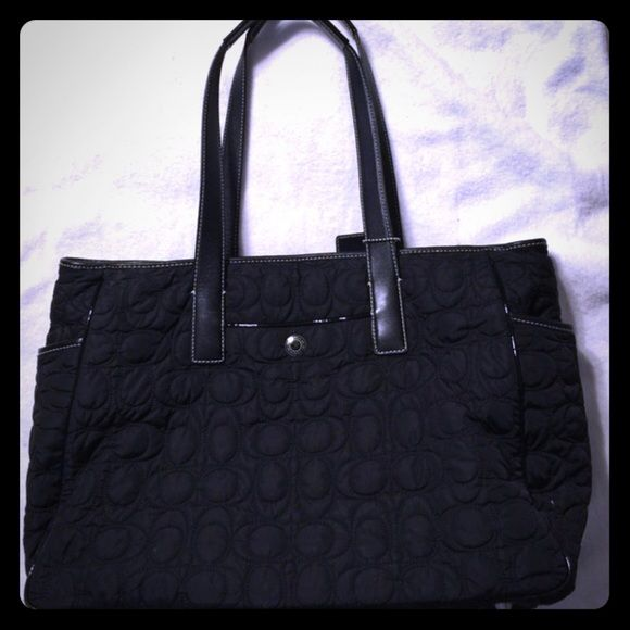 COACH BLACK QUILTED DIAPER BAG OR TOTE H04K-5163 I used this bag ... : black quilted diaper bag - Adamdwight.com