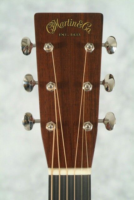 Martin D 18 Acoustic Guitar Headstock Acoustic Guitar Martin Guitar Acoustic