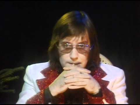The UK Christmas Number One Songs of the 1970s | Lonely