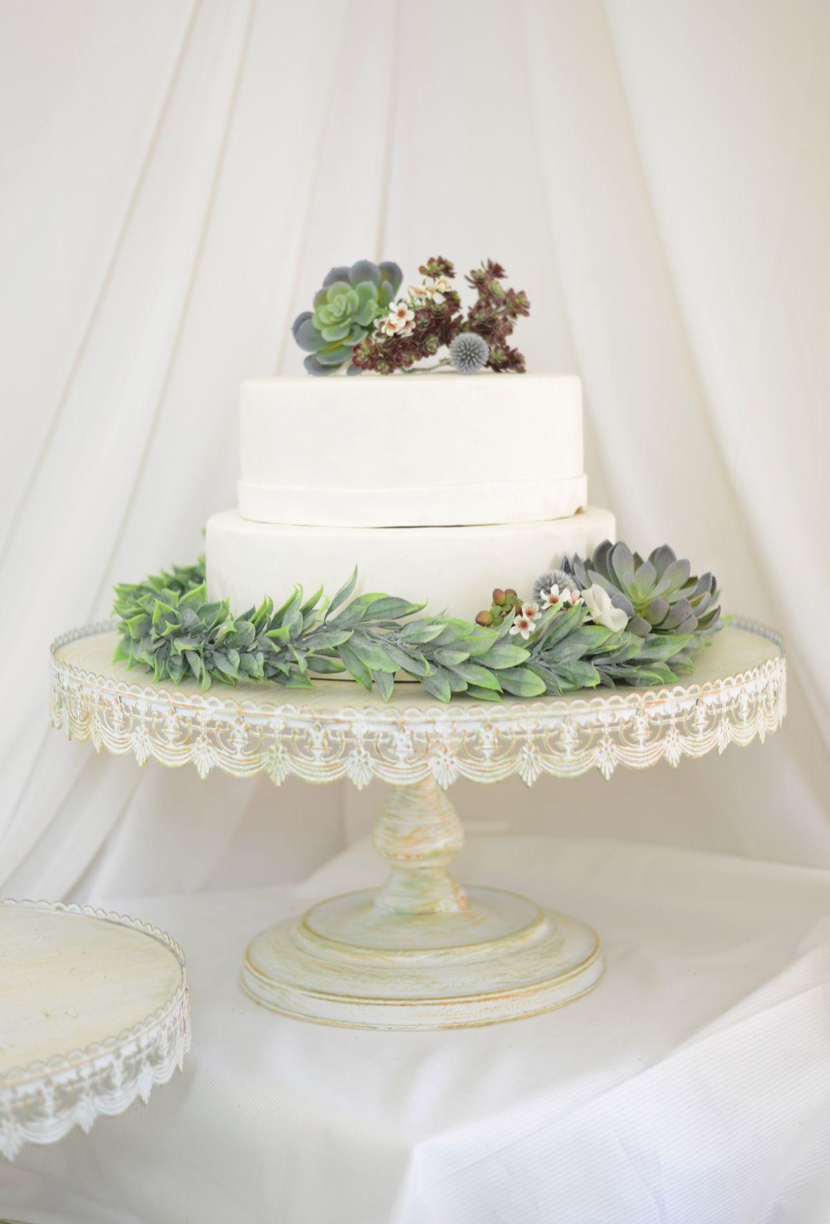 Vintage Metal Cake Stand White 22in 39.99 Metal cake