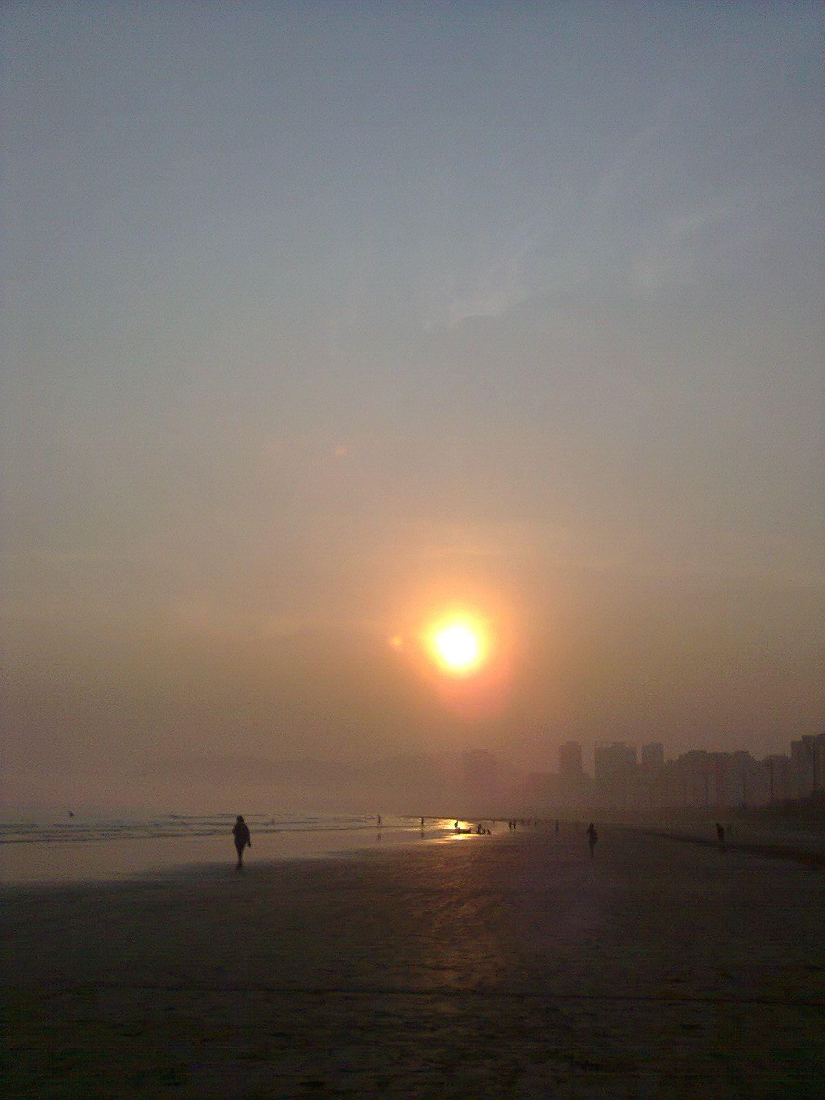 Nevoeiro em Santos/SP ((Meu click - Camila Baroni)