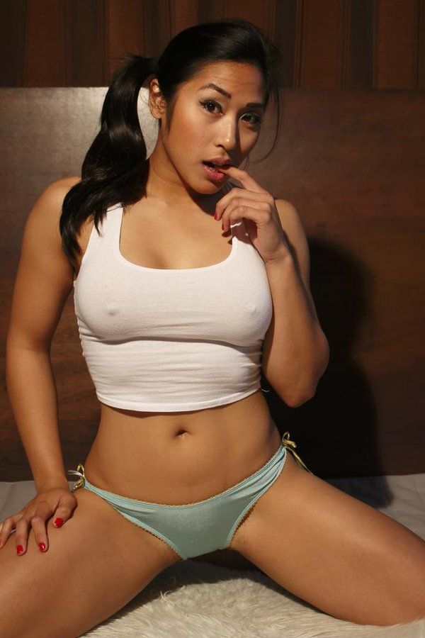 nude asian female athletes