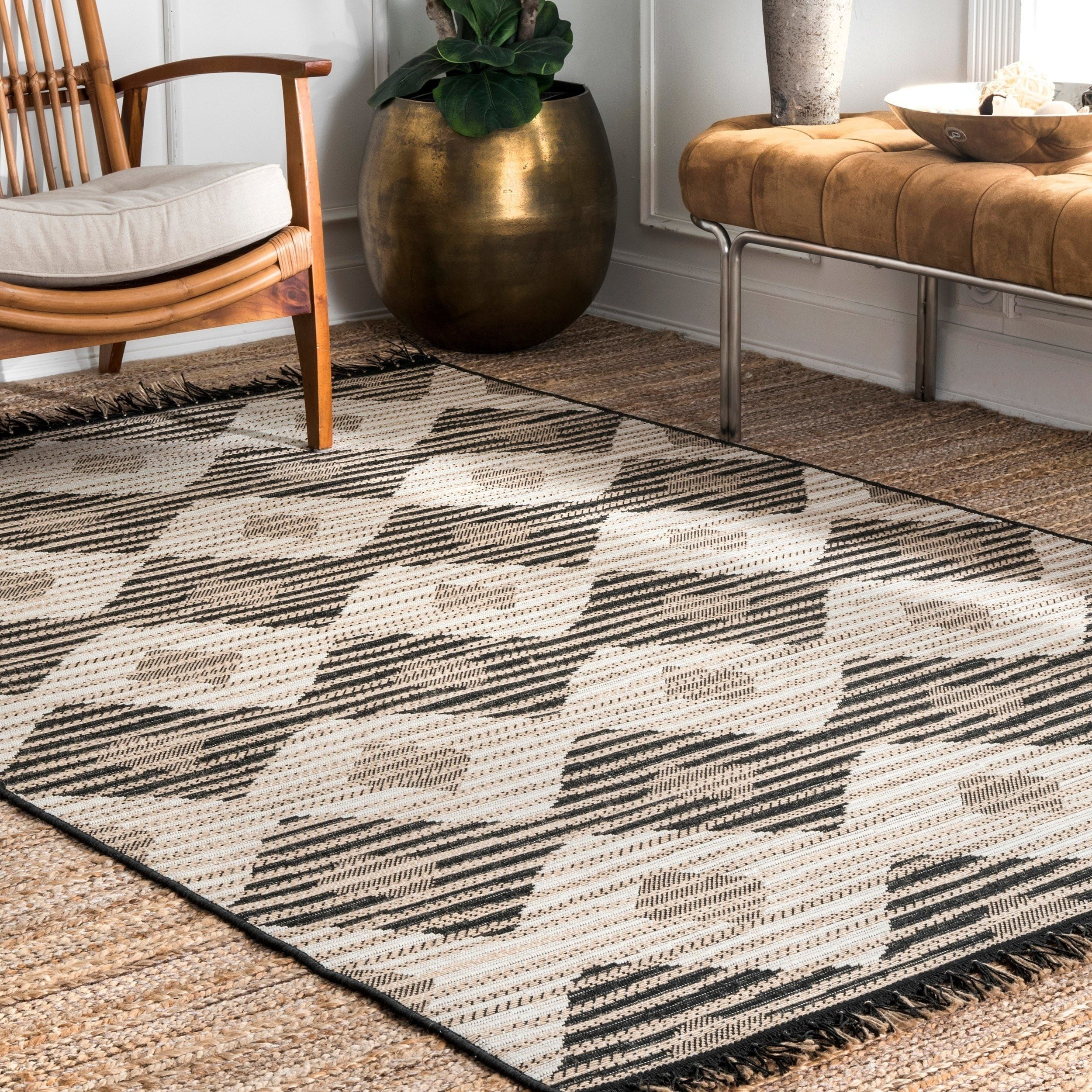 The Curated Nomad Brannan Grey Casual Indoor Outdoor Geometric Striped Diamond Area Rug 7 10 X 10 10 Grey Gray In 2019 Indoor Outdoor Rugs Outdoor Rugs Rugs