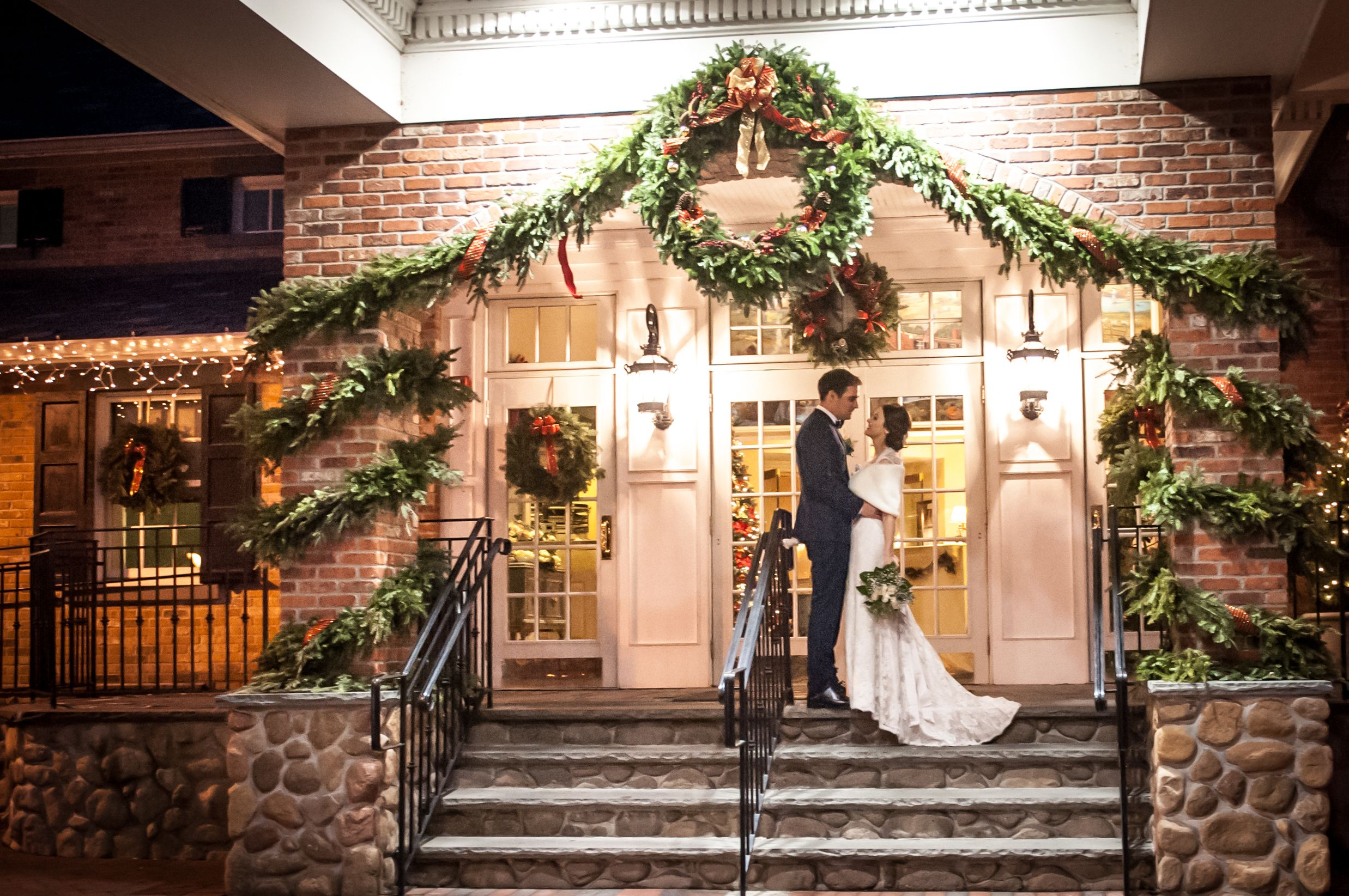 Christmas Wedding At The Brick House Wyckoff Nj Photographed By