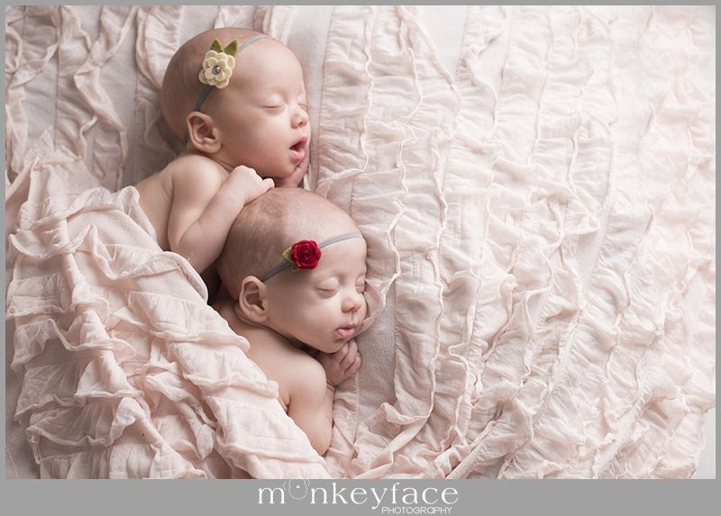 Utah las vegas newborn baby photograher with twin girls twin baby photography
