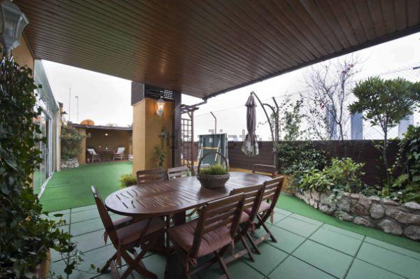 Duplex En Venta En Castilla Madrid Outdoor Tables Outdoor Furniture Outdoor Decor