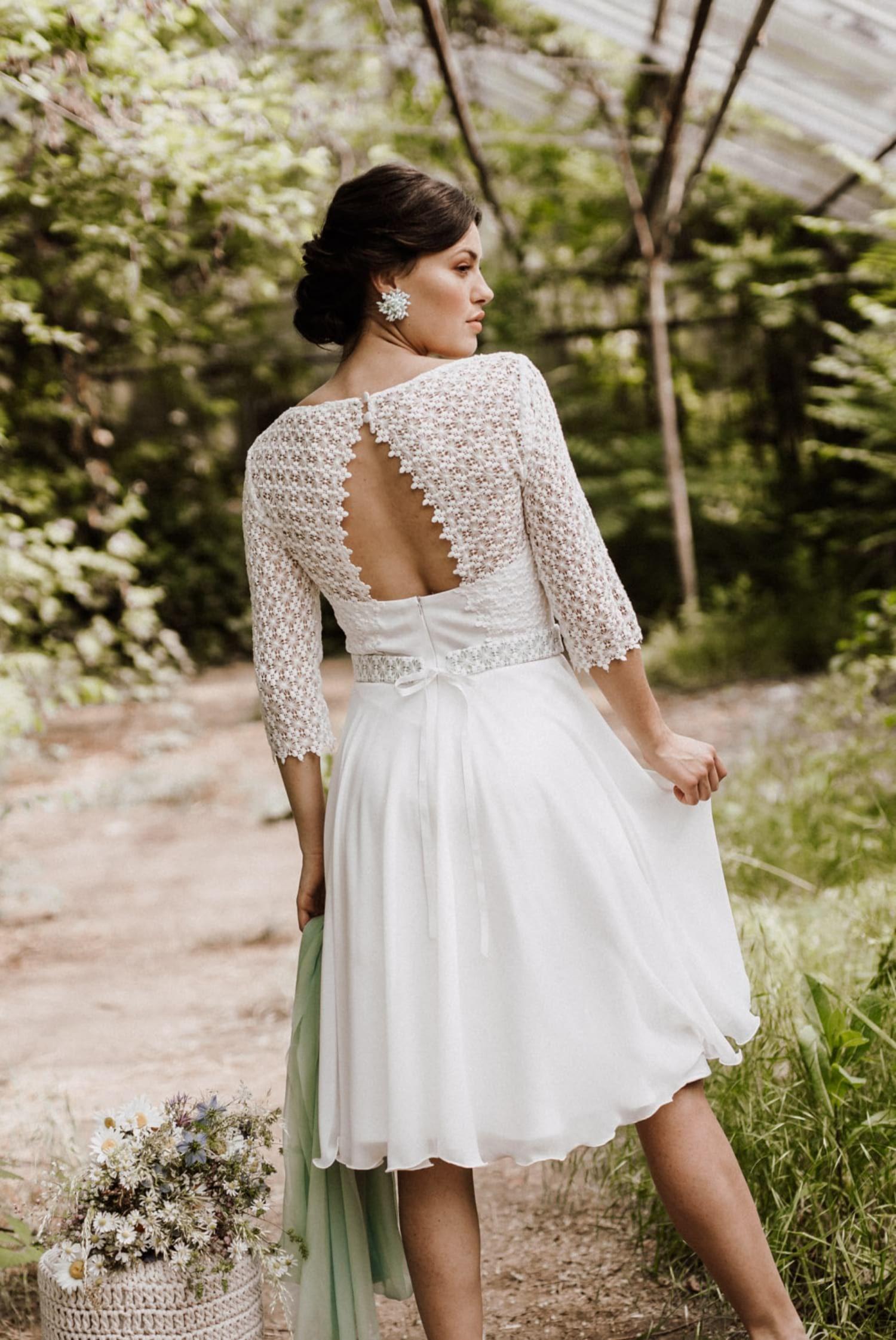 Hochzeitskleid Winter - mit Spitze und Ärmeln in 19  Brautkleid