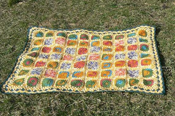 yellow green multicolour Granny Square Afghan von CrochetRagRug, €119.00