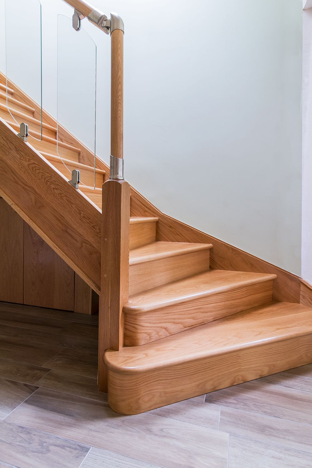 Best Staircase Bottom Design Google Search Stairs 400 x 300