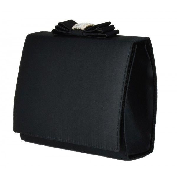 8f2f83ee2 Bolsa de festa preta, modelo clutch com detalhe em laço chanel e strass.  Clutch Preta da Chá de Mulher