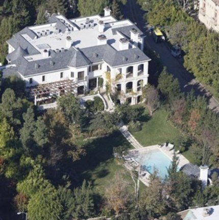 Michael Jackson Former Home 23 9 Million Celebrity Houses Michael Jackson House Michael Jackson