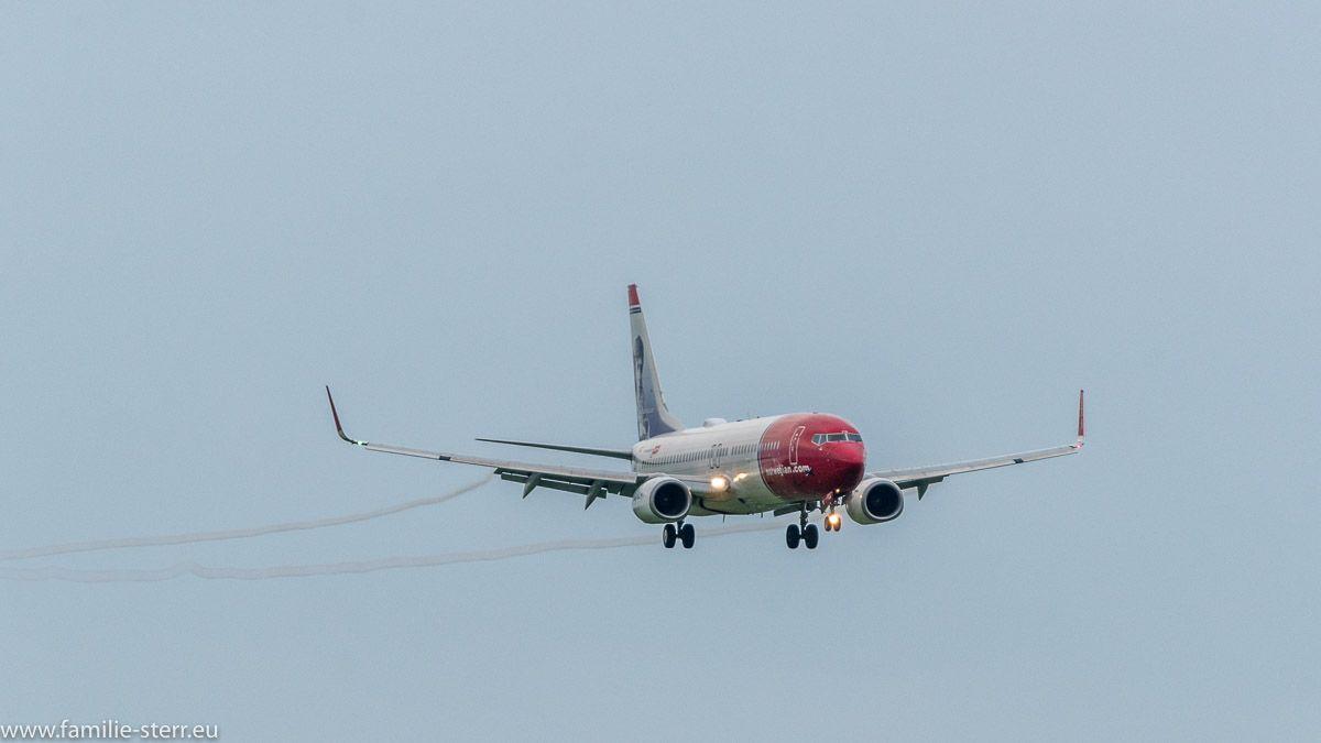 Landung in München auf der 08R Flugzeug, Flughafen und