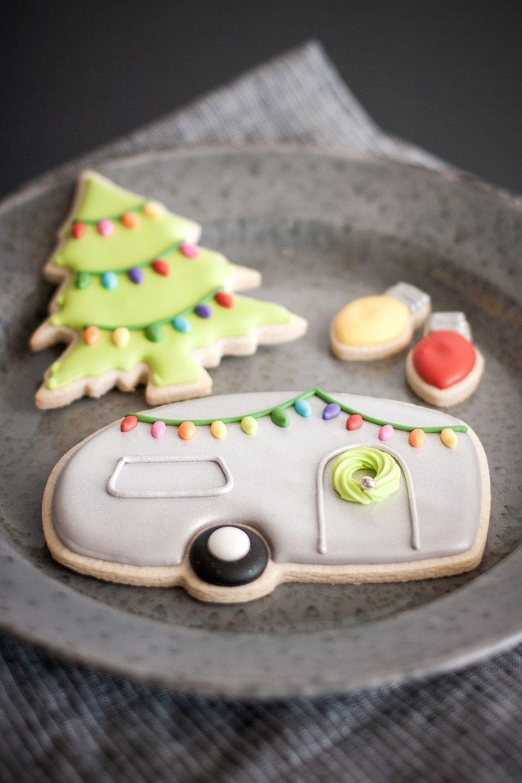 jes best cutout cookies retro christmas treechristmas lightsroyal icing