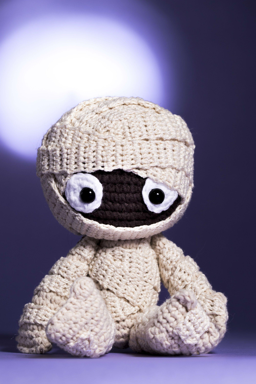 Coluna da Elá: aprenda a fazer uma múmia em crochê espantosamente ...
