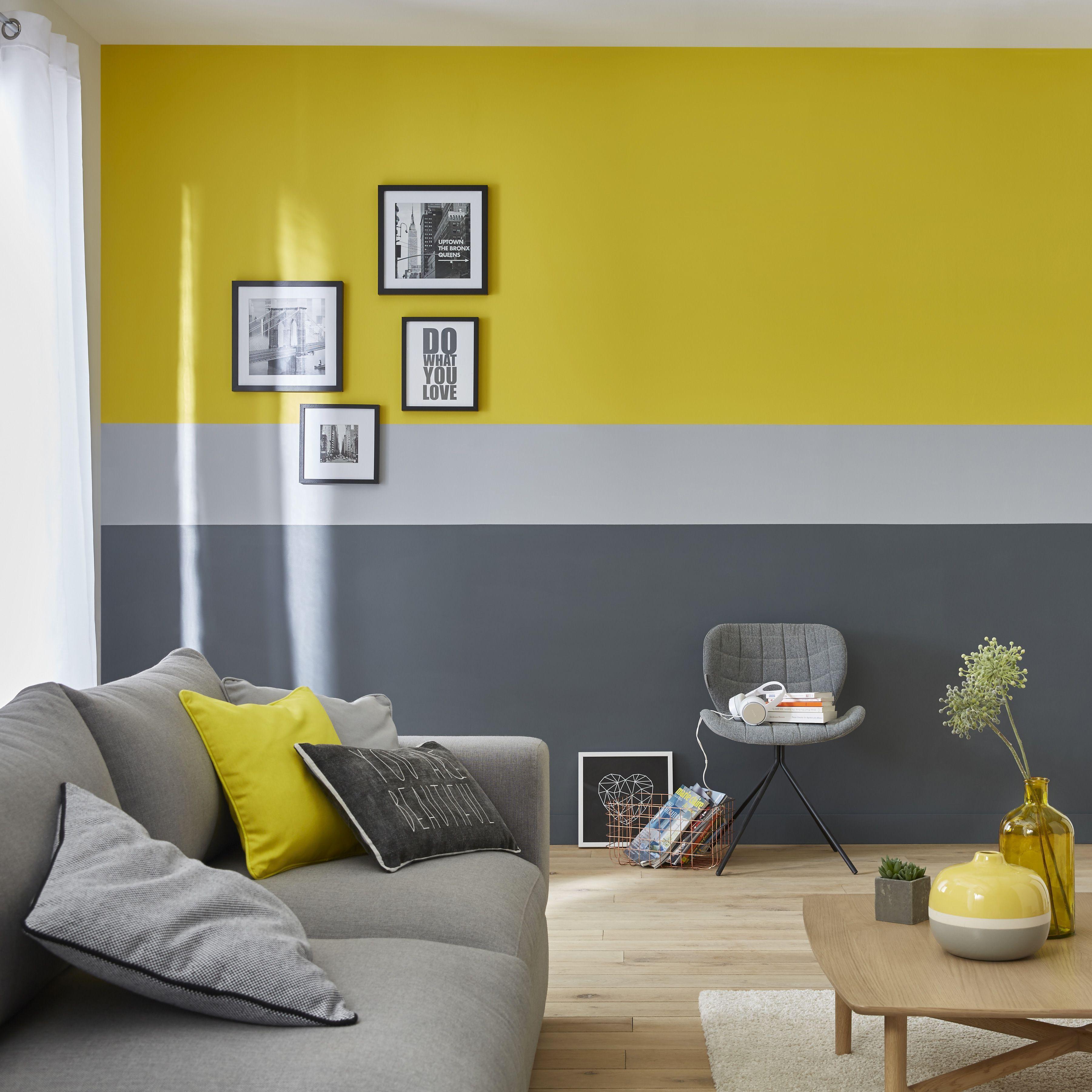 Geometric Accent Wall Trend 45 Inspiring Wall Mural Designs That Will Beautify Your Home Wallmur Oturma Odasi Fikirleri Tasarim Ic Mekanlar Ev Ic Mekanlari