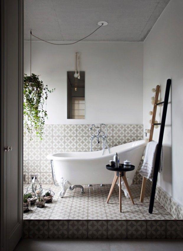 Resultado de imagem para ladrilho hidraulico no banheiro