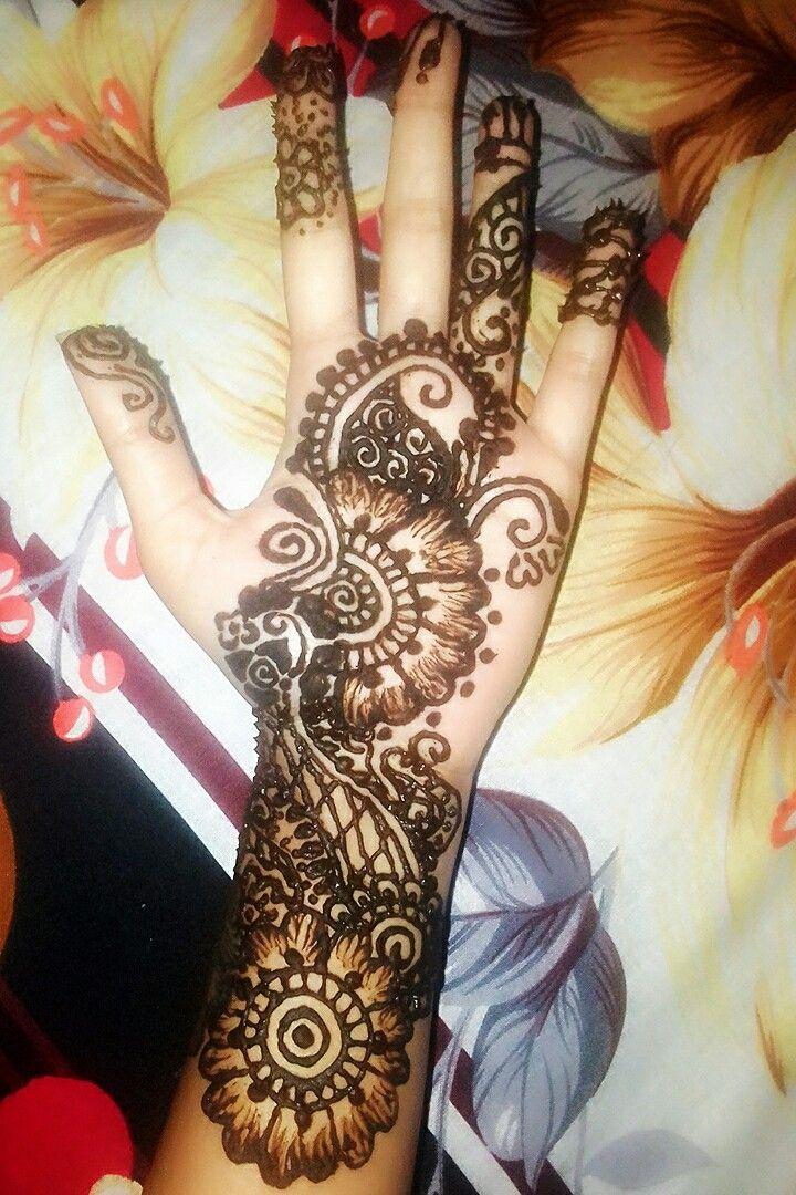 Mahand in 2020 Henna hand tattoo, Hand henna, Hand tattoos