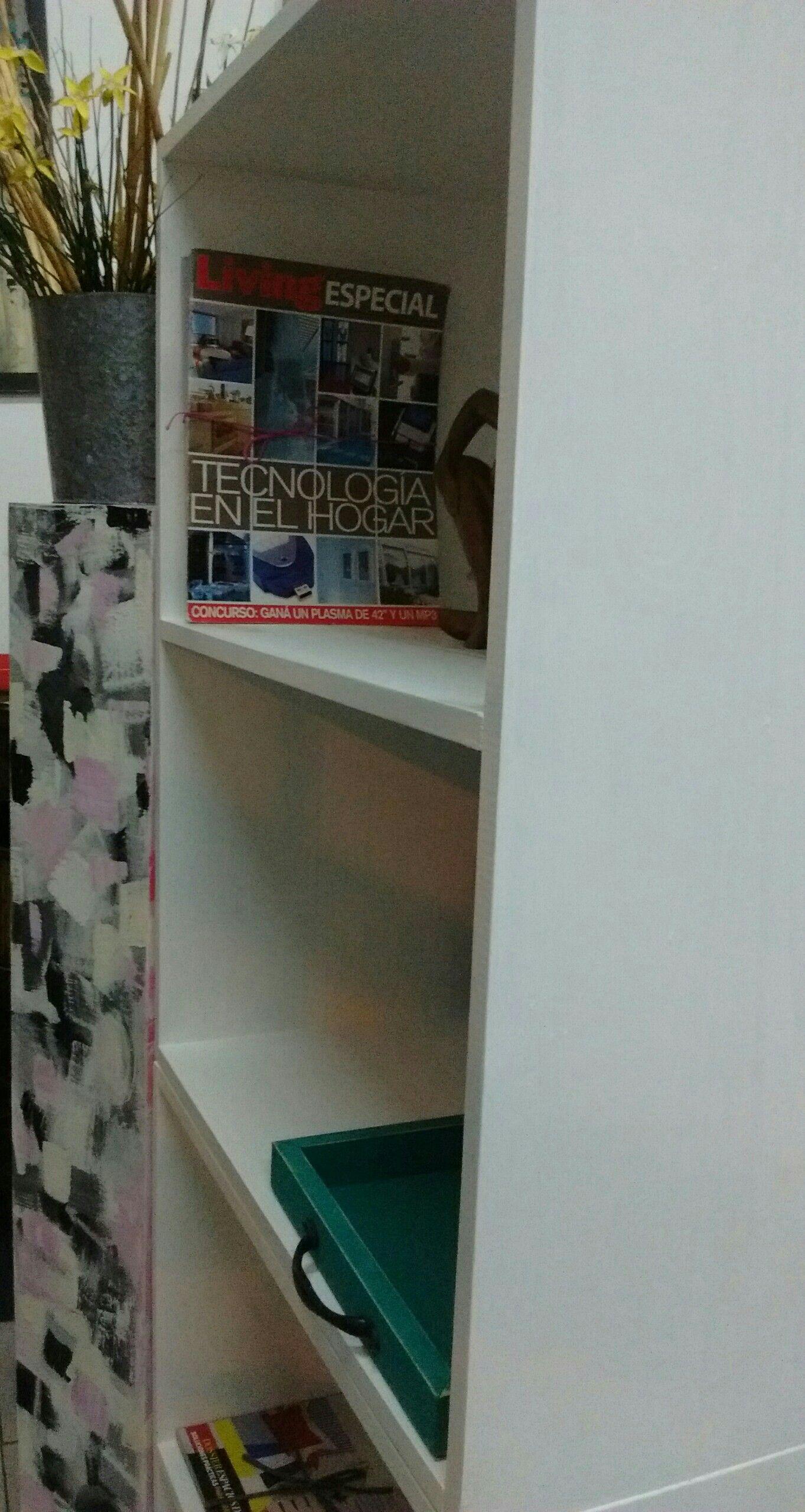 Biblioteca Intervenida En Color Blanco Pleno Y Toten Abstracto By  # Muebles Liliana