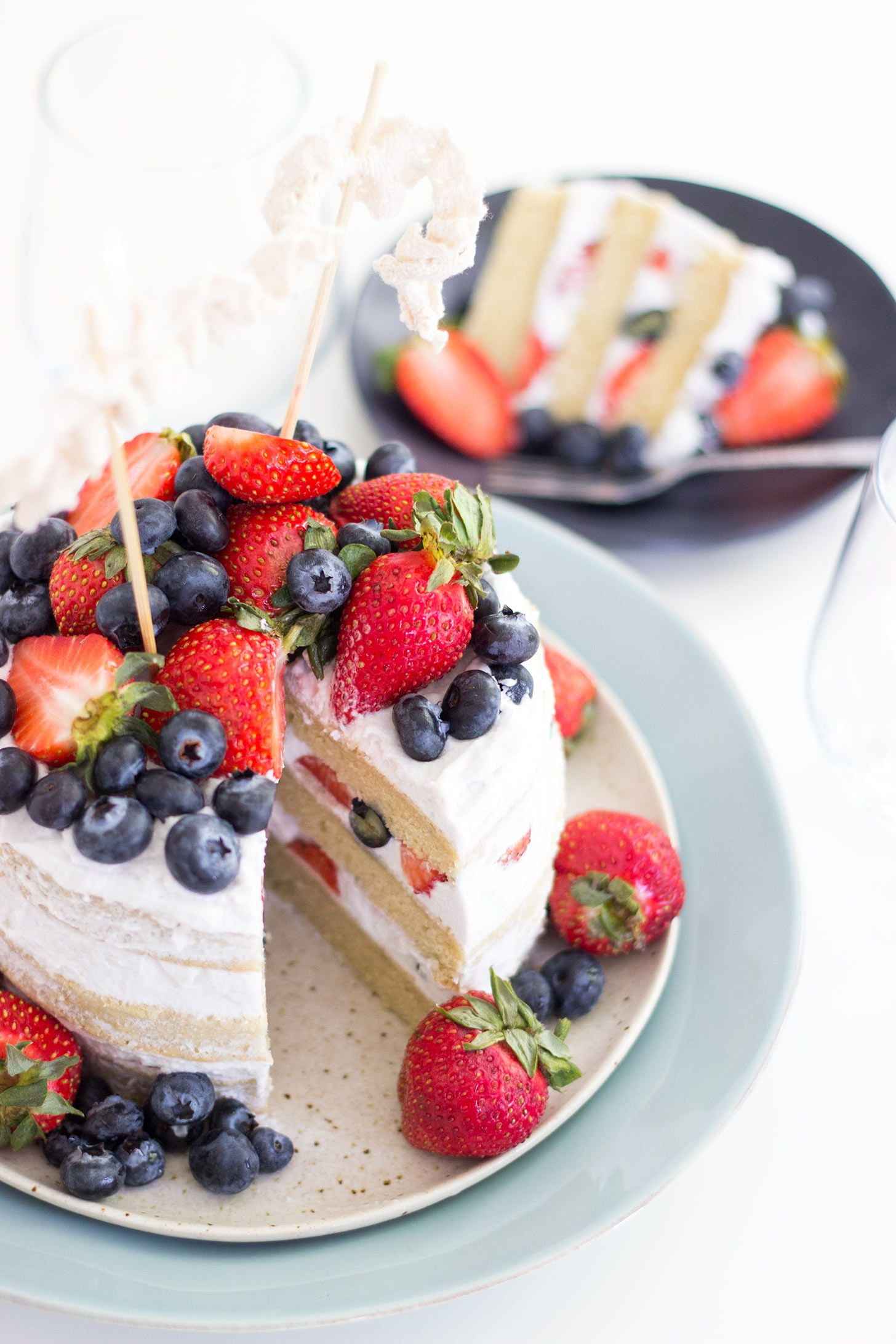 Vegan Vanilla Berries Naked Cake