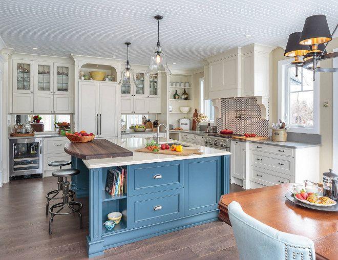 Farmhouse Kitchen With Blue Island Home Bunch An Interior Design Luxury Homes Blog Kitchen Design Kitchen Plans Painting Kitchen Cabinets