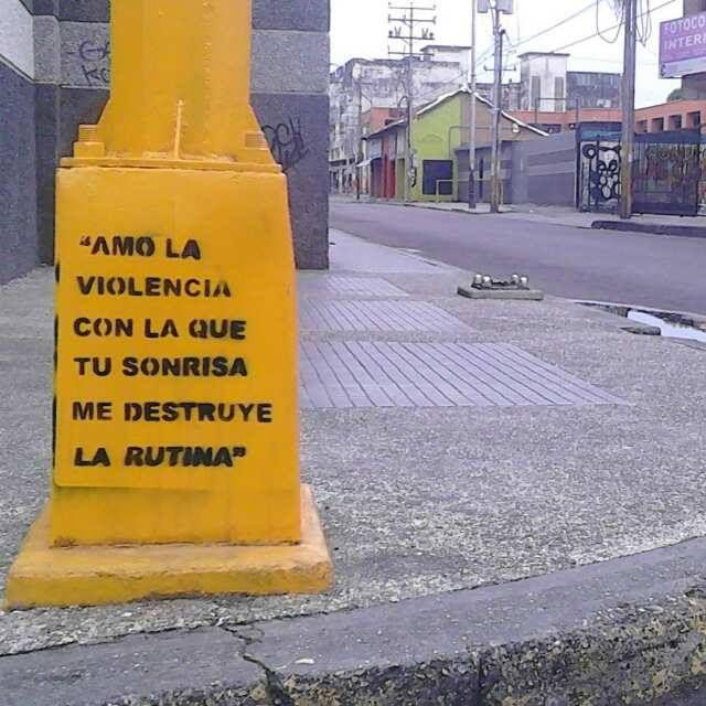 En alguna esquina de la ciudad de Acarigua en Venezuela <3