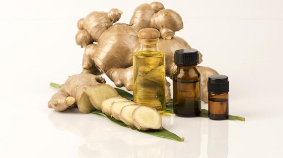 فوائد الزنجبيل للبشرة Layalina Ginger Essential Oil Pure Products Chess Board