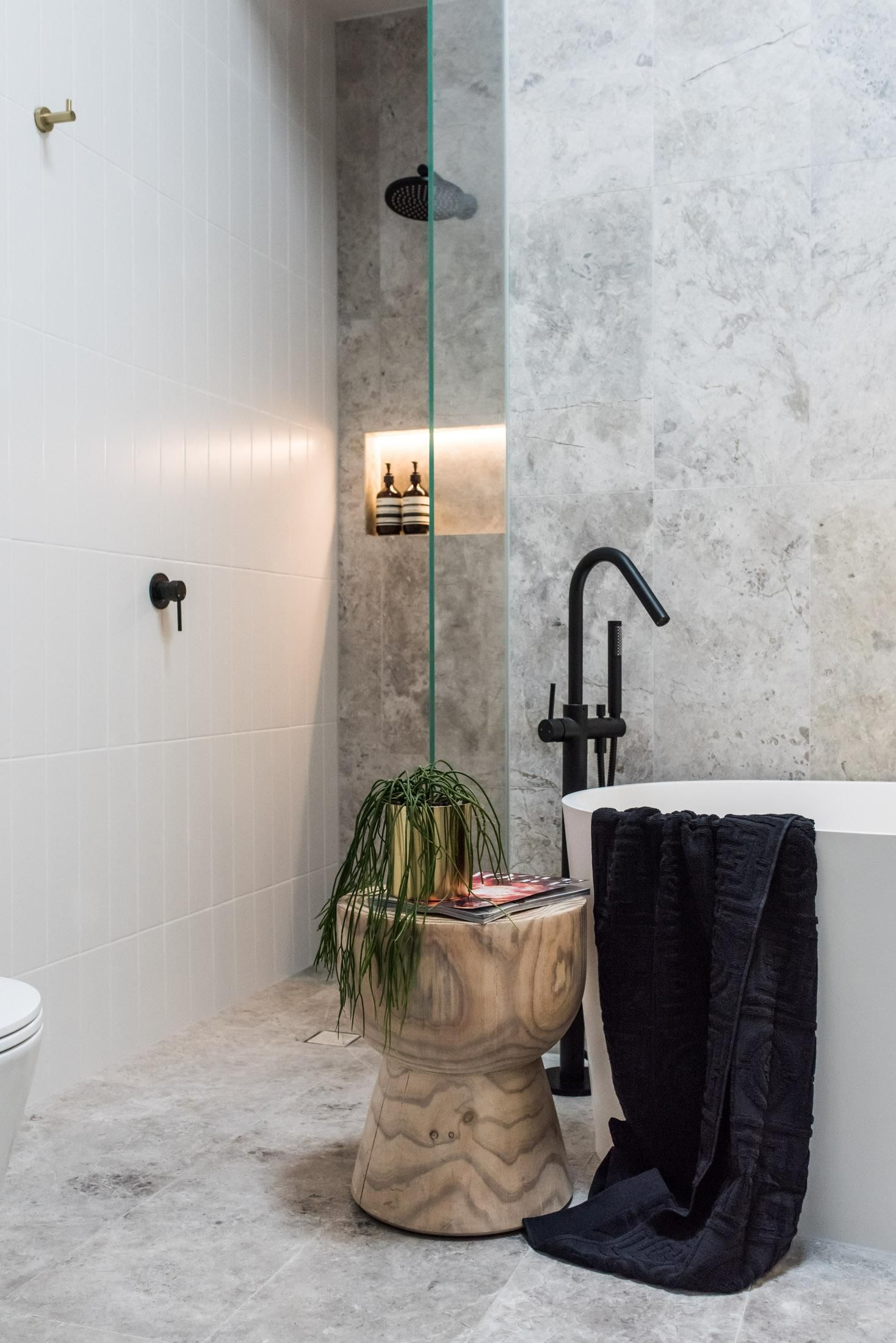 Meirblack In The Prahan Melbourne Project By Embracingspace Build 7towns Capture Mstahneejade Bathroom Renovation Cost House Decor Modern Room Tiles