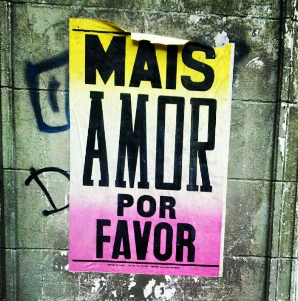 Mais amor, por favor <3 http://bonsventossemprechegamlonge.wordpress.com/2013/09/30/mais-amor-por-favor-3/