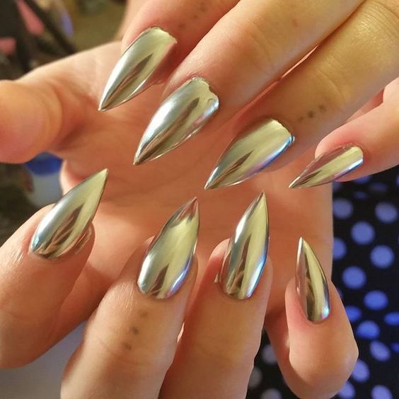 Top 40 Gorgeous Metallic Nail Designs That You Can Try To Copy - Page 9 of 45 - Nail Polish Addicted