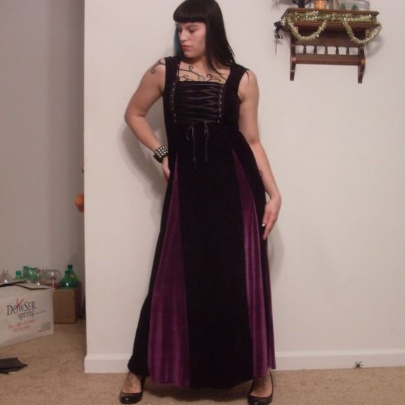Velvet gown Lovely velvet gown with purple detail and lacing on the front! Dresses