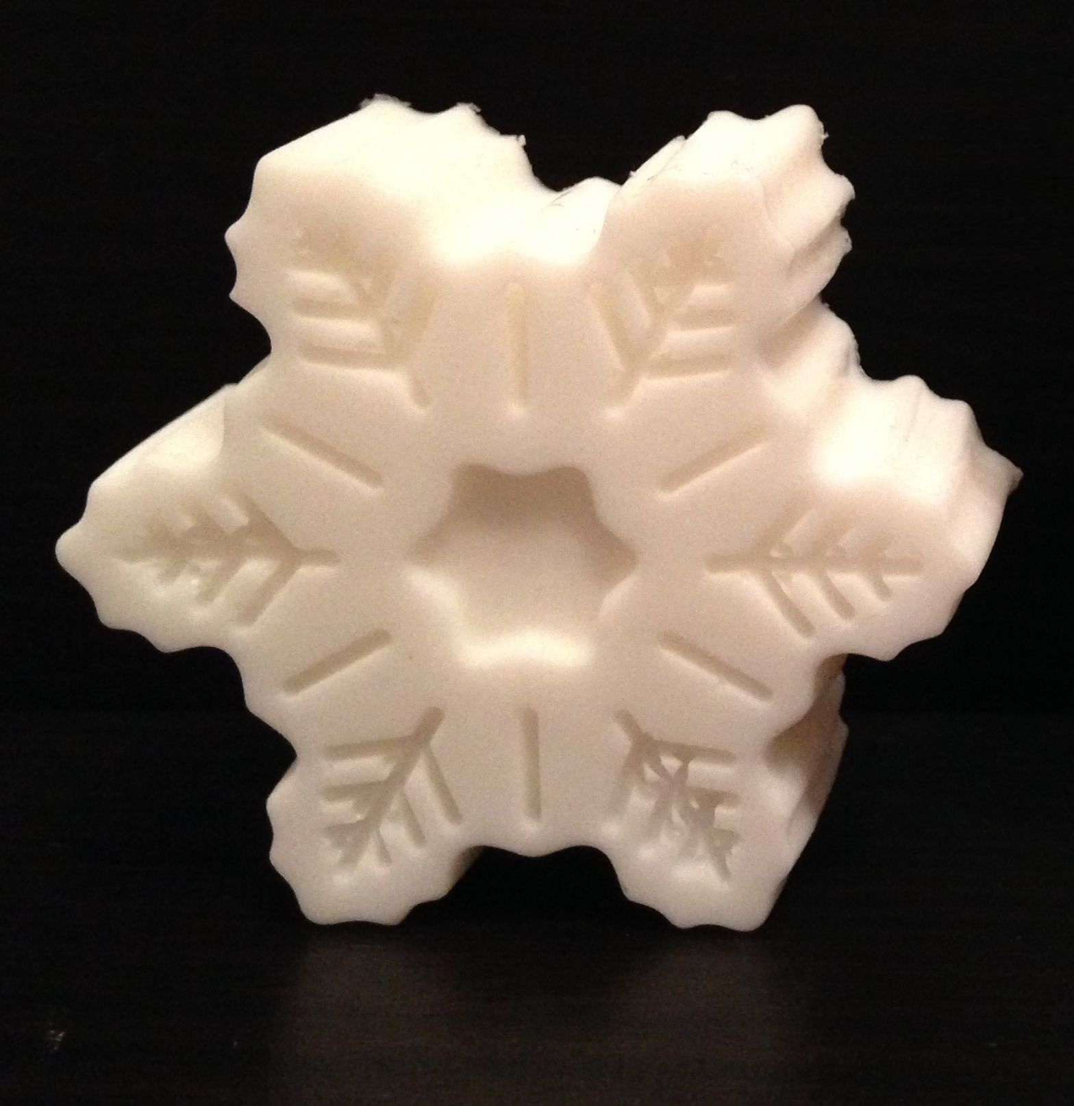 Peppermint flavoured Goat's Milk Soap in a Snowflake shape.